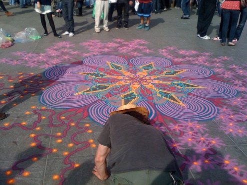 Rangoli in Washington Square Park, NYC by Joe Mangrum image © Dave Winer with CCLicense