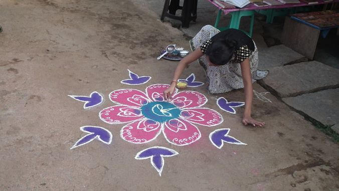 Decorating for Diwali © Jon Robson with CCLicense