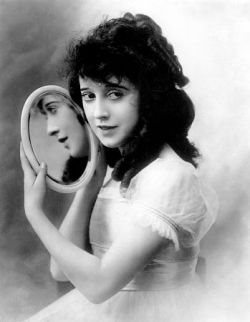 Silent movie actress Mabel Normand in 1918