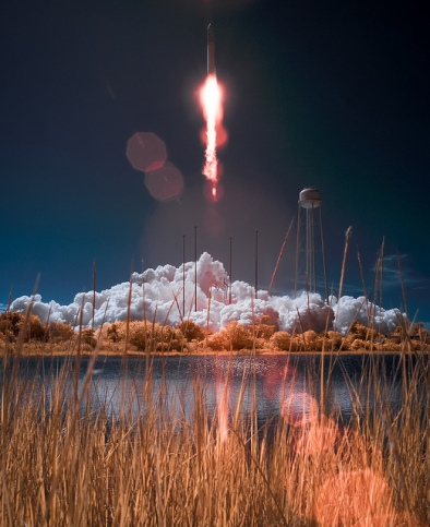 Antares Rocket with Cygnus Spacecraft Lanuches © NASA Goddard Space Flight Center with CCLicense
