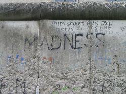 Berlinwall_Madness