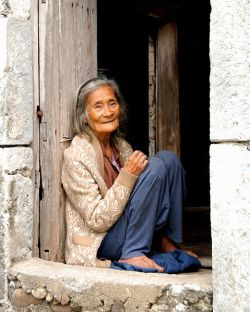479px-Ivatan_Old_Woman