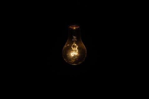 light-bulb-1081844_960_720.jpg