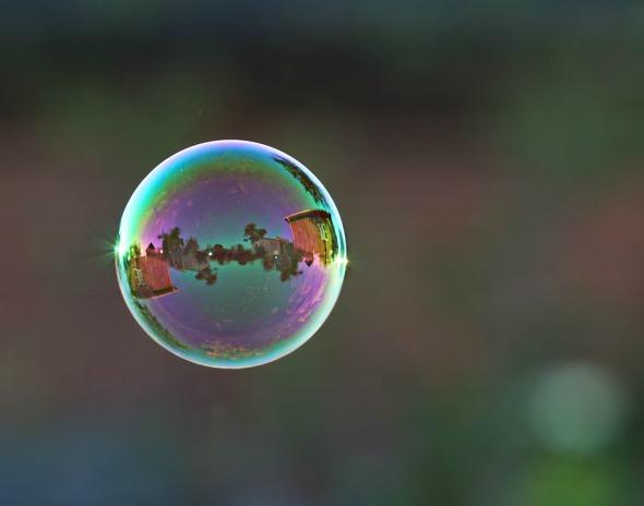 bubble-1492537_960_720.jpg