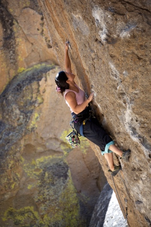 Rock-Climbing-in-Clarks-Canyon-California-US.jpg