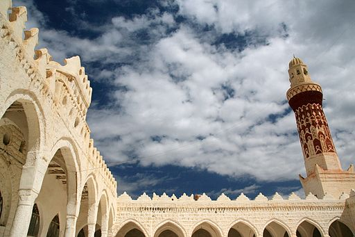 512px-Queen_Arwa_Mosque_-_Jibla