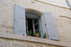 window-167795_640