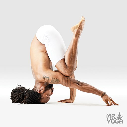 512px-Mr-yoga-headstand-5-6.jpg