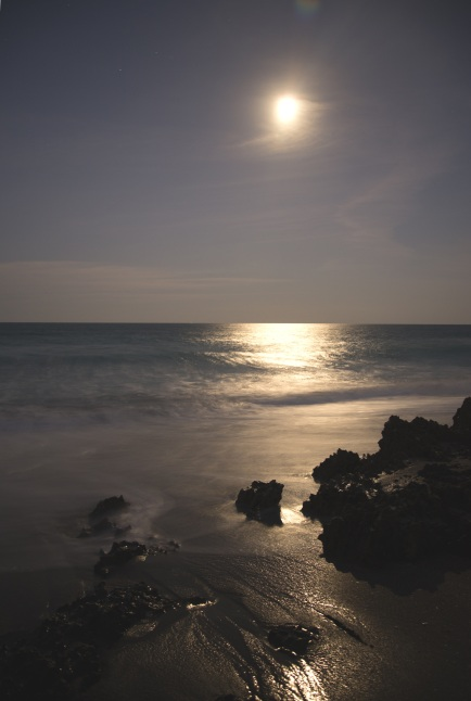 beach-sea-coast-water-sand-rock-1188754-pxhere.com